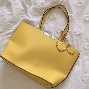 GUESS 💛 Yellow Tote
